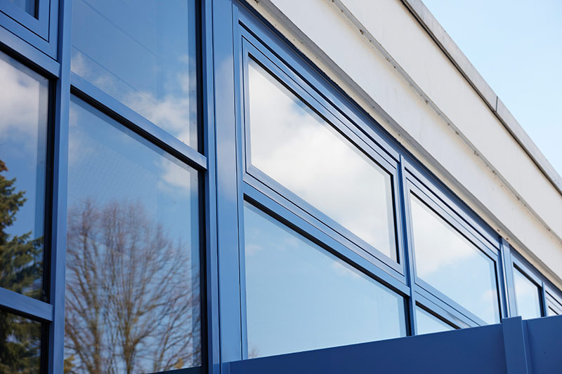 ulko-ovet ja ikkunat